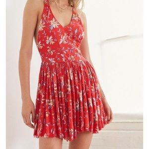 ☀️ Urban Outfitters Red Floral Romper